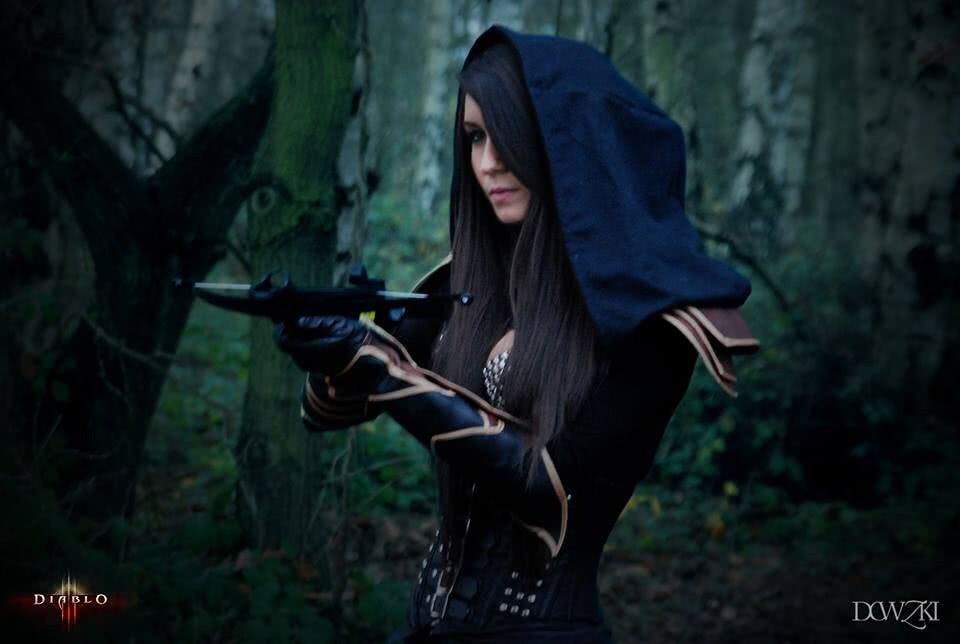 Diablo 3: Demonhunter & Cosplay